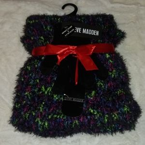 Scarf and glove set!
